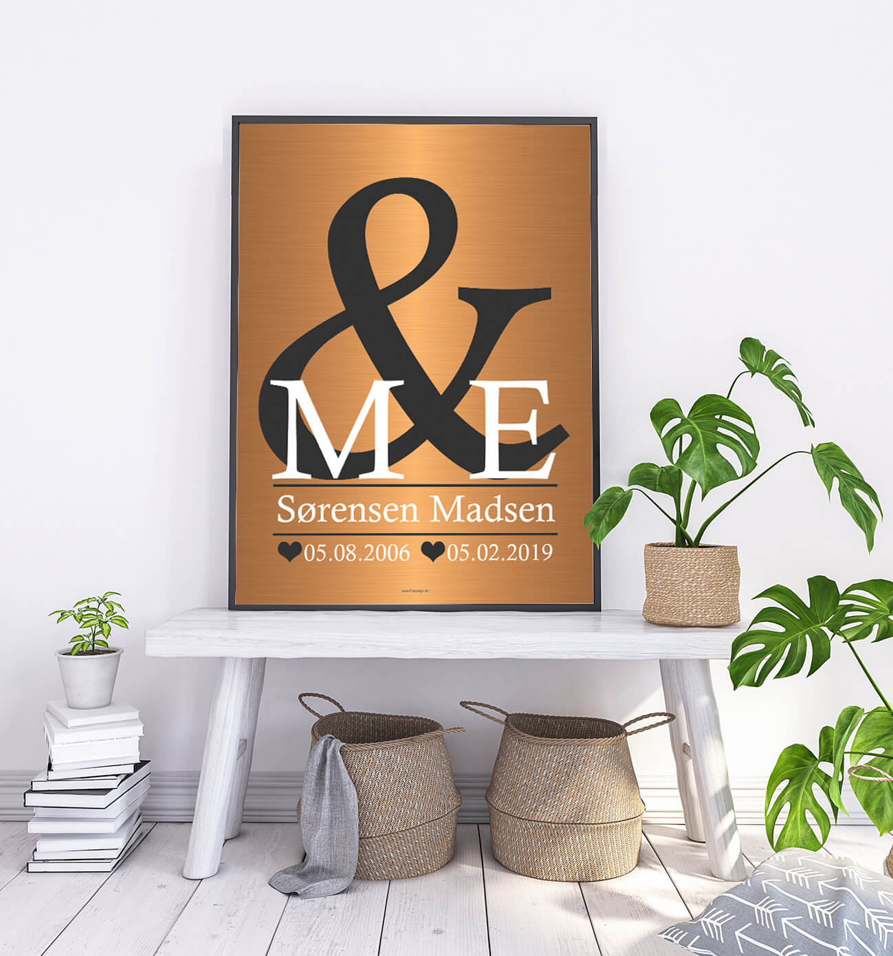 love-poster-gold-2