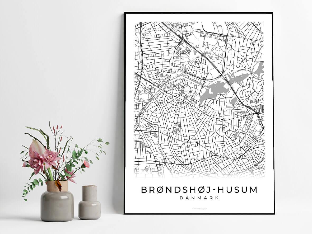 broendshoej-husum-hvid-byplakat-2