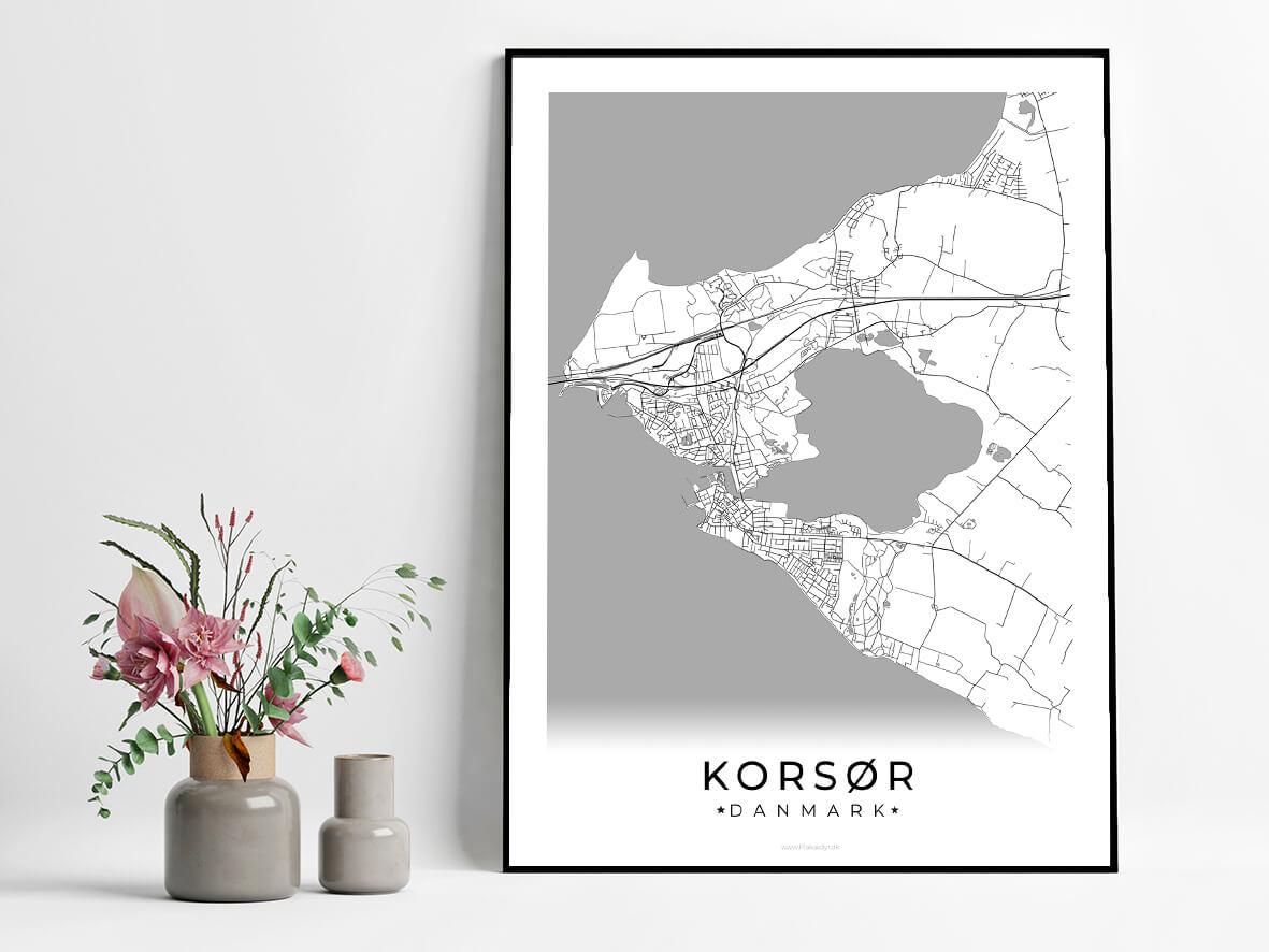 Korsoer-hvid-byplakat