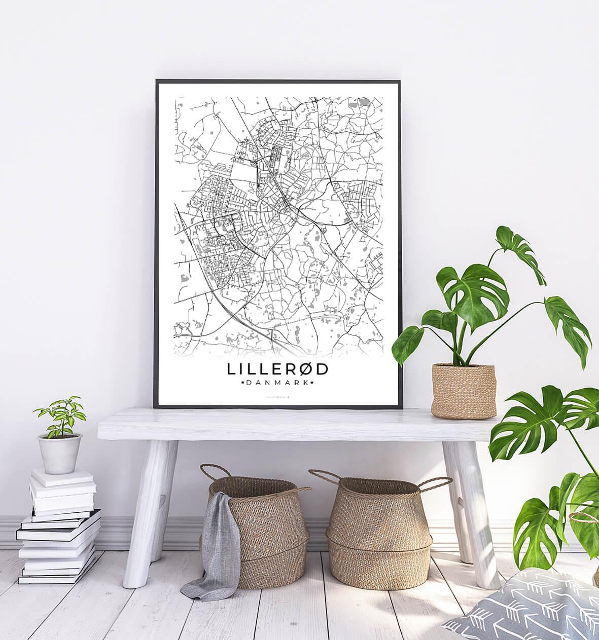 Lilleroed-hvid-byplakat-1