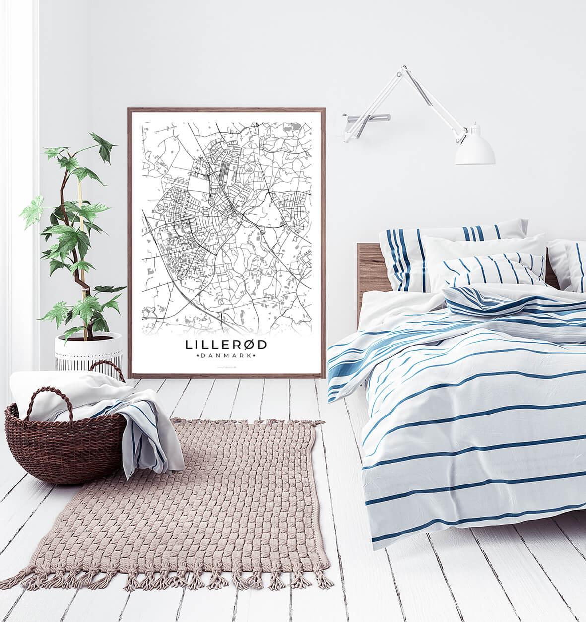 Lilleroed-hvid-byplakat-2