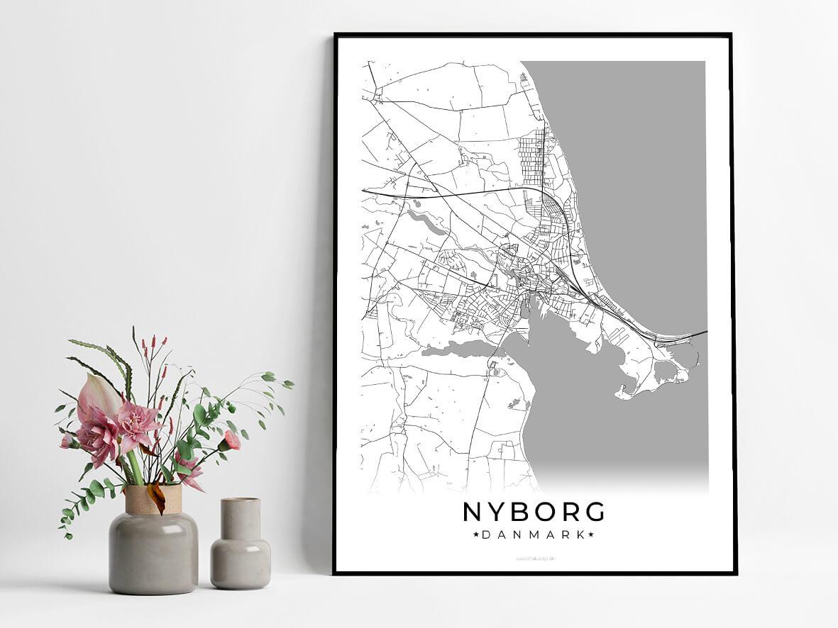 Nyborg-hvid-byplakat