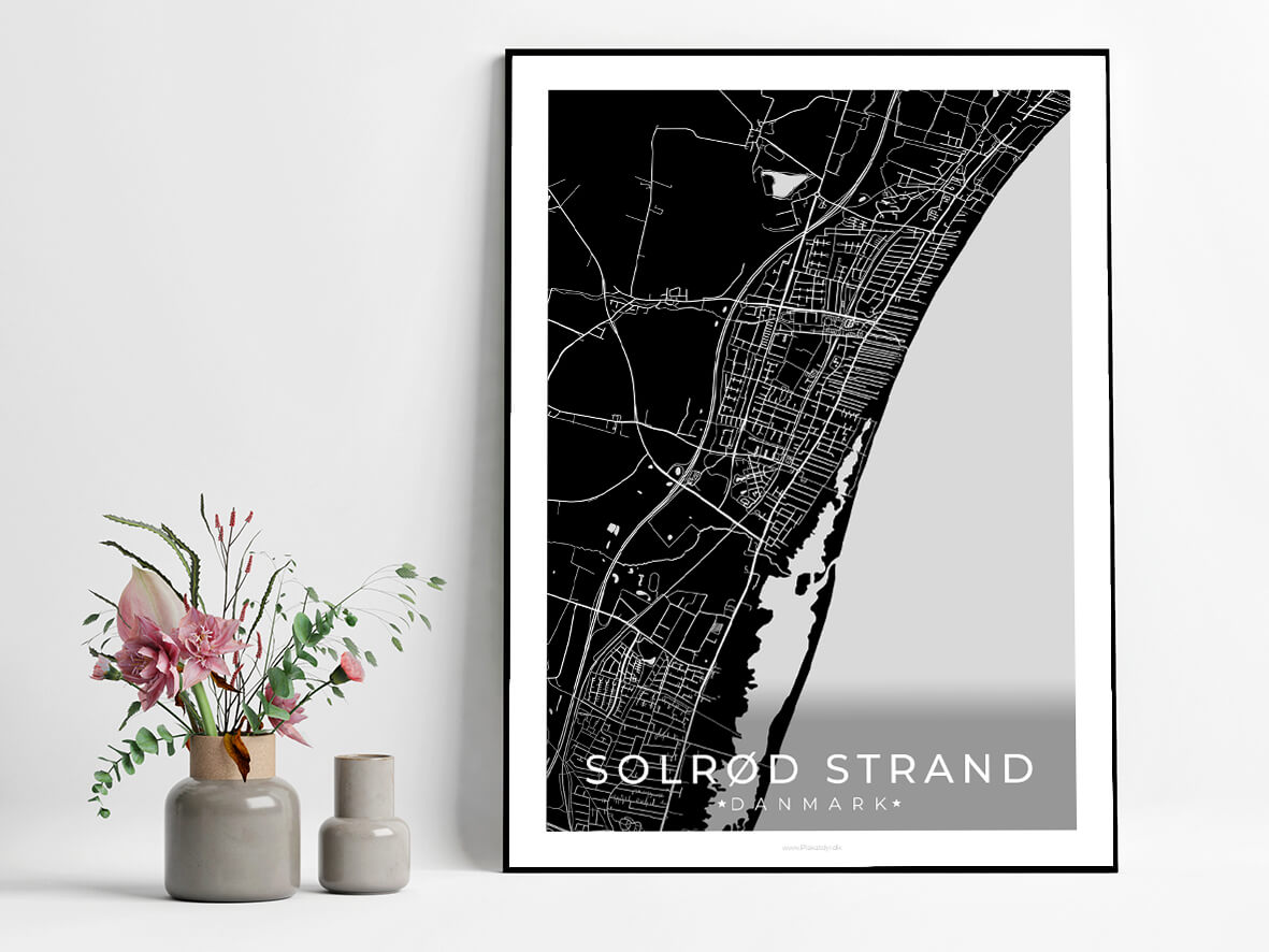 Solroed-Strand-sort-byplakat-3