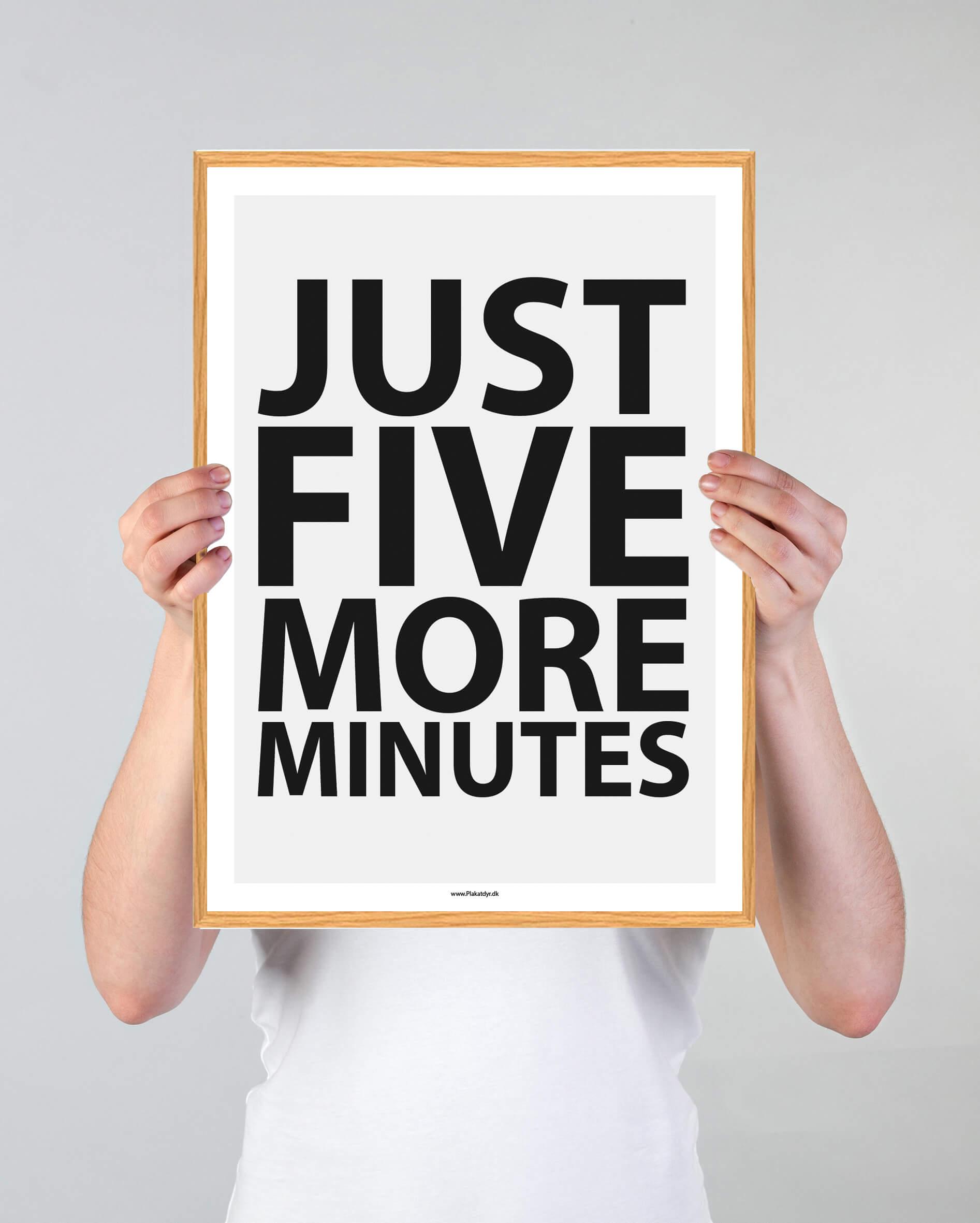 five-more-hvid-3