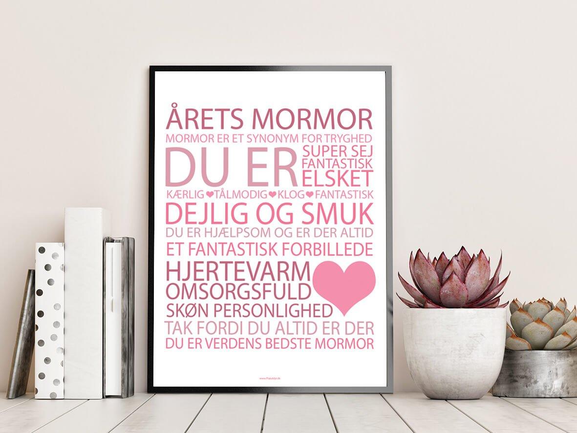 årets-mormor-lyserød-2