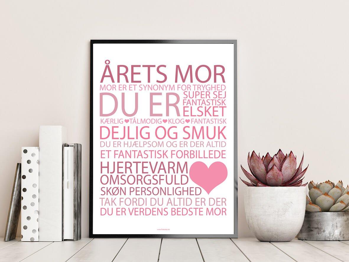 Mors-dag-plakat-lyseroed-2