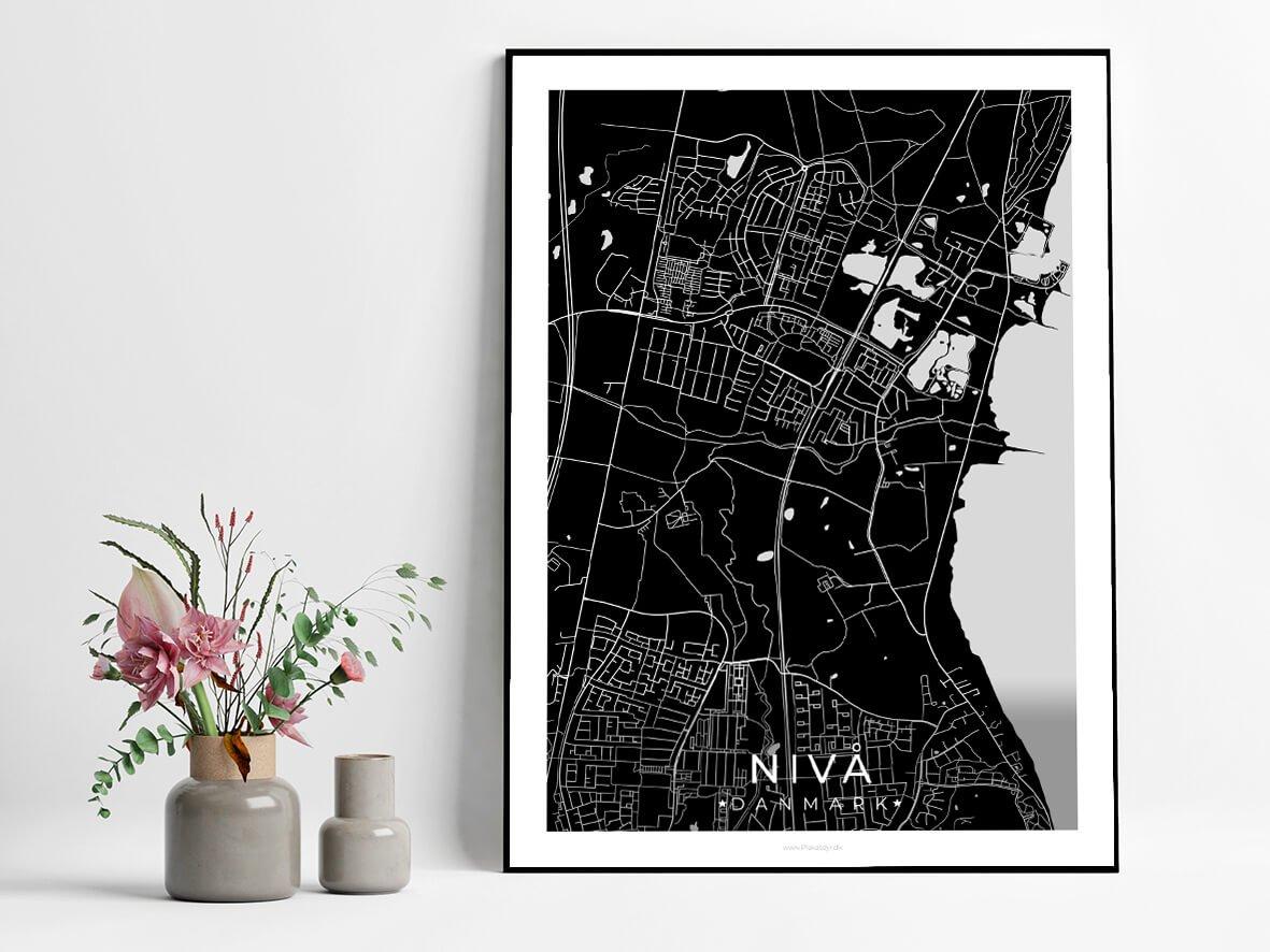 Nivaa-sort-byplakat-3