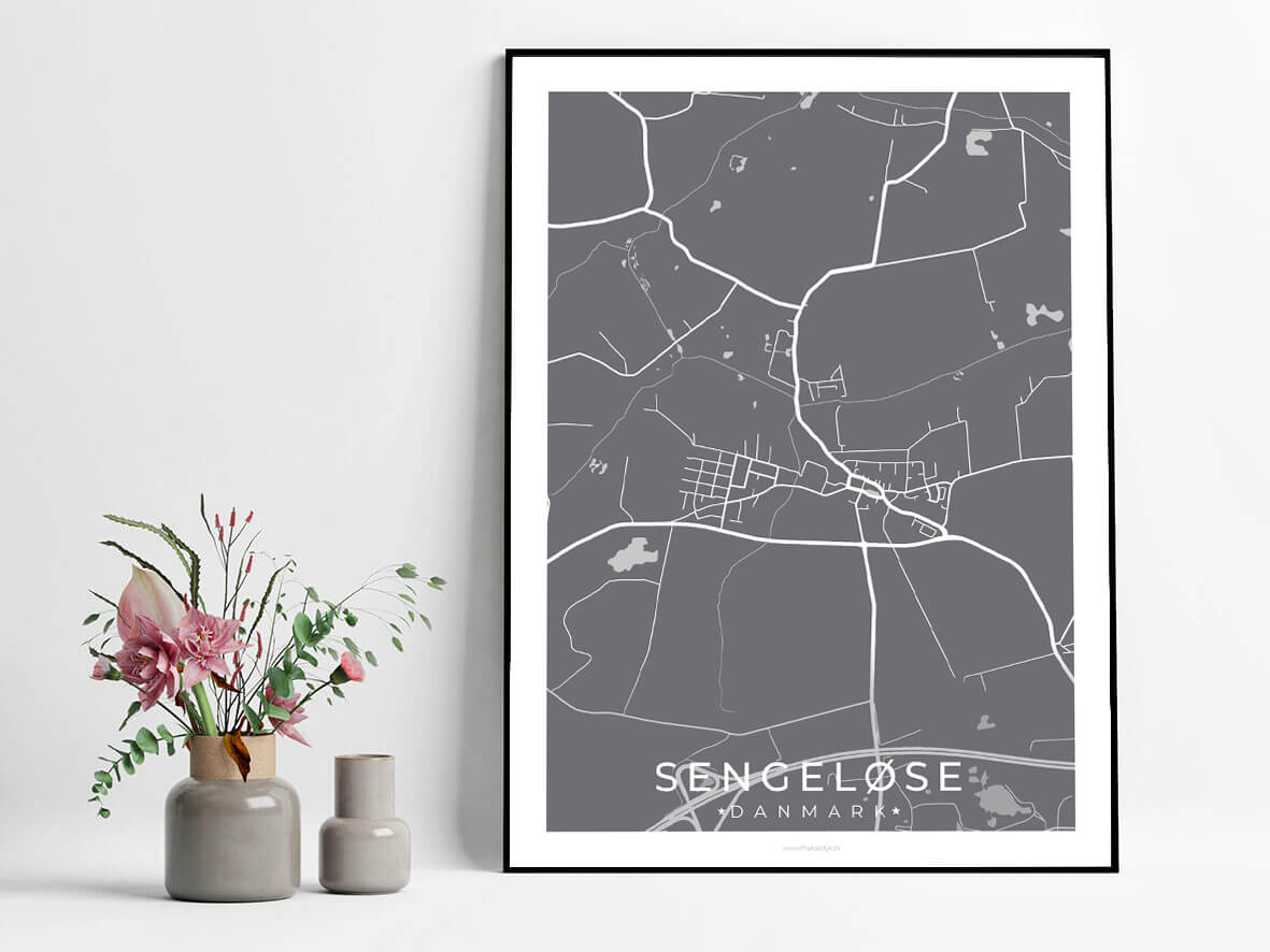 Sengeloese-graa-byplakat-1